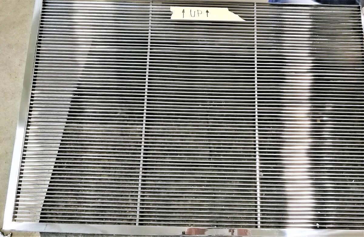 griglia condotto aria canalizzata in acciaio inox lucida